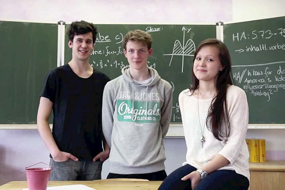 Das Abitur in Witten und alle anderen staatlichen Abschlüsse können unsere Schülerinnen an der Blote Vogel Schule erwerben. Viele unserer Schüler kommen auch aus Dortmund, Herdecke, Bochum, Wetter und dem Ennepe-Ruhr-Kreis-Ruhr-Kreis.