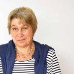 Gitte Braselmann unterrichtet an der Blote Vogel Schule in Witten Textiles gestalten und Buchbinden.
