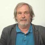 Werner Schnarr ist Lehrer für Deutsch und Philosophie an der Blote Vogel Schule in Witten.